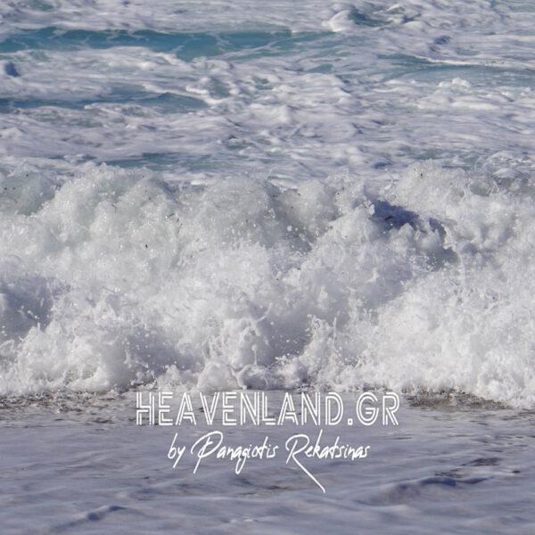 Παραλία Πευκούλια Άγιος Νικήτα.Το Κύμα Σχεδιάζει Όμορφες Φωτογραφίες.Χ21