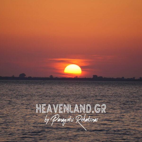 Ηλιοβασίλεμα Απρίλιος 21 Νέα Καμαρίνα Βόνιτσα Αιτ/νίας.